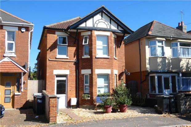 3 Bedrooms Detached House for sale in Inverleigh Road, Bournemouth, Dorset