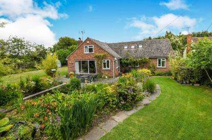 4 Bedrooms Detached House for sale in Cressing, Essex