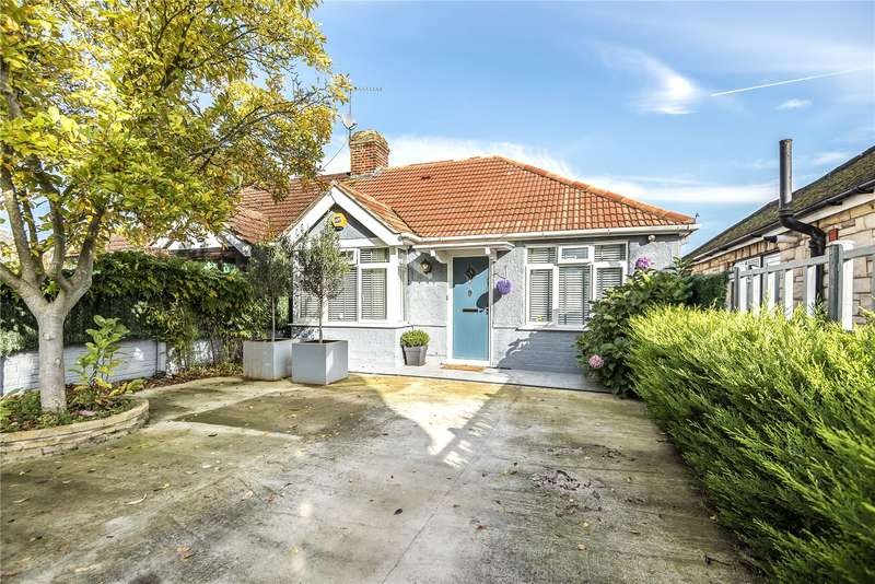 3 Bedrooms Semi Detached Bungalow for sale in Eastcote Lane, Northolt, Middlesex, UB5