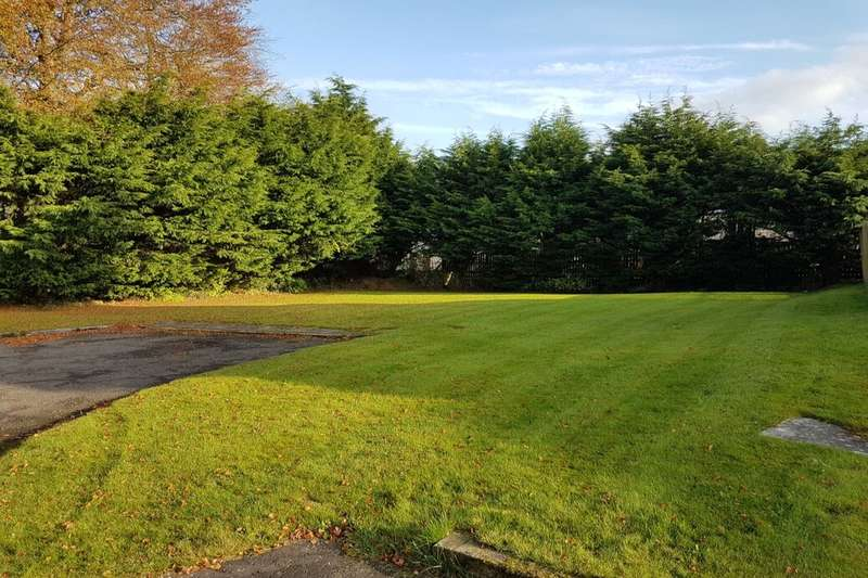 Land Commercial for sale in Bonkle Gardens, Newmains, Wishaw, ML2