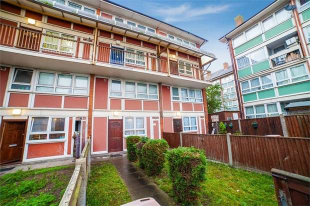 3 Bedrooms Flat for sale in Plaistow Grove, London