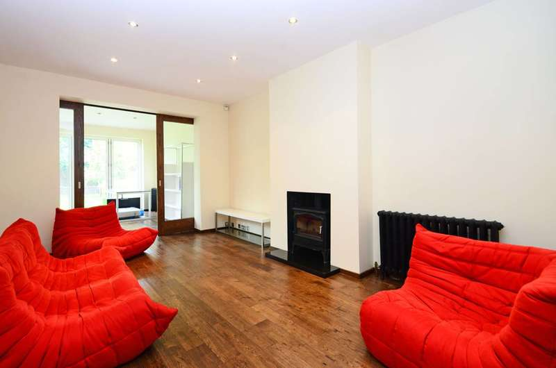 4 Bedrooms House for sale in Derwent Crescent, North Finchley, N20