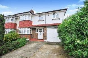 4 Bedrooms Semi Detached House for sale in Hillcote Avenue, London