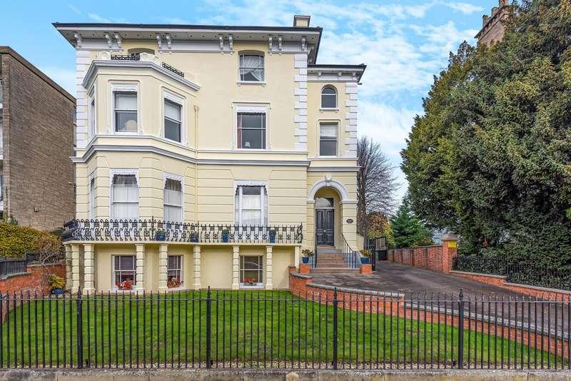 2 Bedrooms Flat for sale in Pittville, Cheltenham