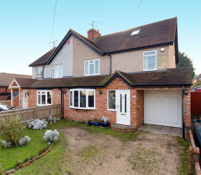 4 Bedrooms Semi Detached House for sale in Grazeley Road, Three Mile Cross, Reading, Berkshire, RG7