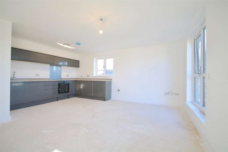 1 Bedroom Flat for sale in Milton Road, Southsea