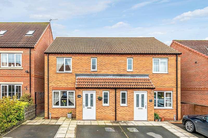 3 Bedrooms Semi Detached House for sale in Shepherds Hill, Pickering, YO18 7JQ