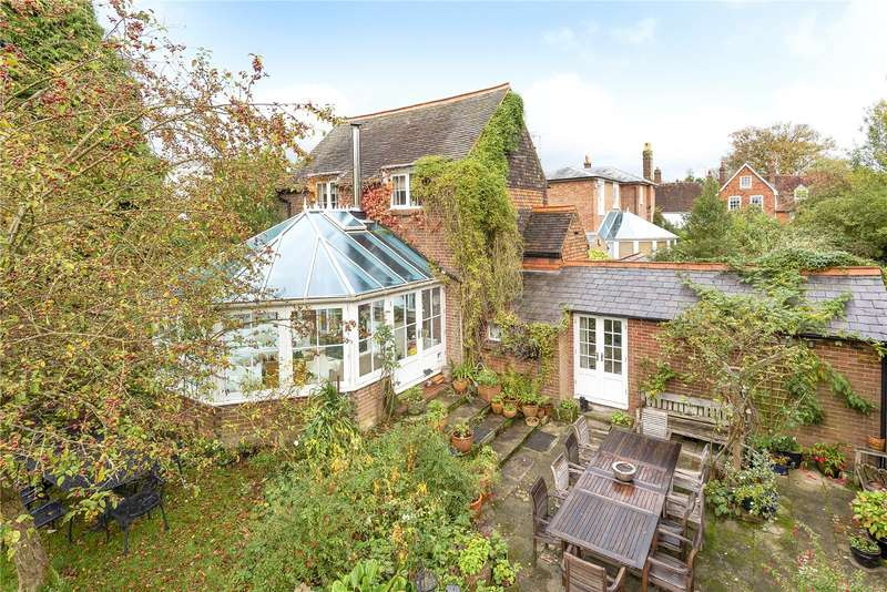 2 Bedrooms Detached House for sale in High Street, Cranbrook