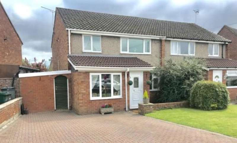3 Bedrooms Semi Detached House for sale in Queens Road, Vicars Cross, Chester