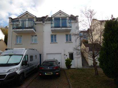 2 Bedrooms Terraced House for sale in Hen Gei Llechi, Y Felinheli, Gwynedd, LL56