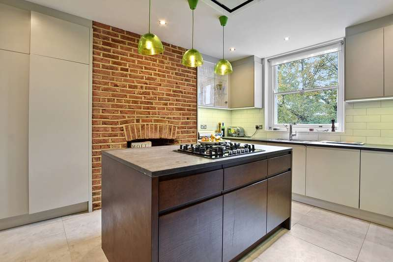 3 Bedrooms Maisonette Flat for sale in Dashwood Road, Crouch End, London, N8