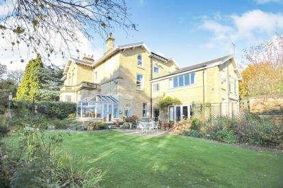 5 Bedrooms Semi Detached House for sale in Brook Lane, Alderley Edge, Cheshire, Uk