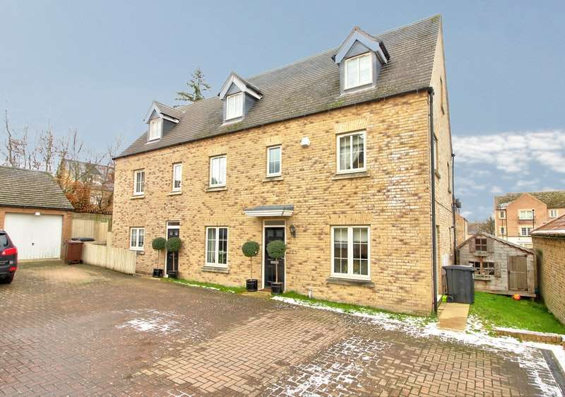 6 Bedrooms Detached House for sale in The Spinney, Sheffield, South Yorkshire, S17