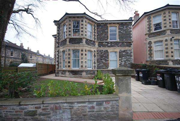 6 Bedrooms Apartment Flat for rent in Ground Floor Flat, Clyde Park,