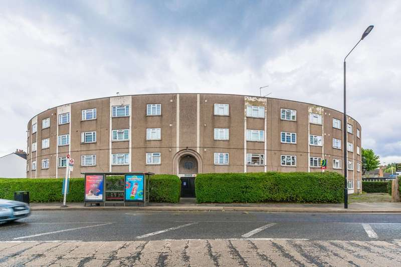 2 Bedrooms Flat for sale in High Street South, East Ham, E6
