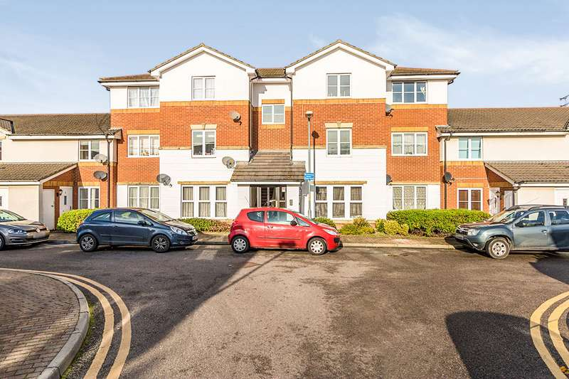 2 Bedrooms Apartment Flat for sale in Windsor Court, Gillingham, Kent, ME7