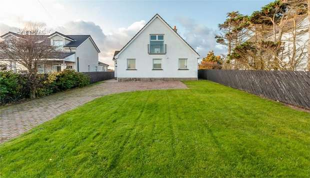 4 Bedrooms Detached House for sale in Main Road, Cloughey, Newtownards, County Down