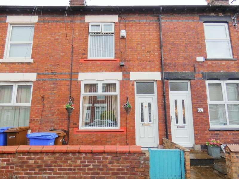 2 Bedrooms Terraced House for sale in Charles Street, Stockport, Greater Manchester, SK1