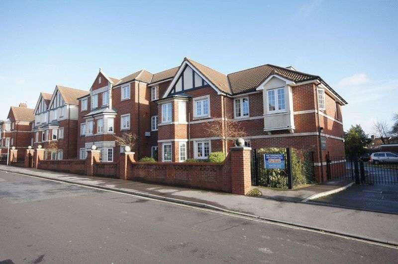 1 Bedroom Property for sale in Grove Road, Fareham PO16