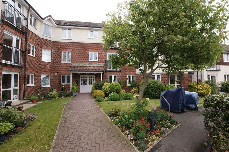 1 Bedroom Property for sale in Faregrove Court, Grove Road, Fareham