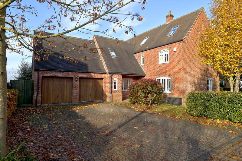 5 Bedrooms Detached House for sale in Highfields Close, Normanton Le Heath