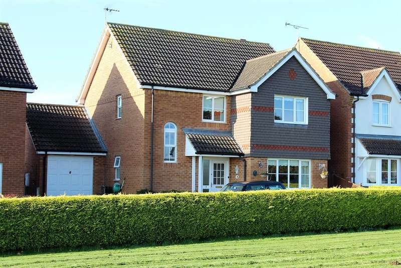 3 Bedrooms Detached House for sale in Woodland View, Spilsby, PE23 5GD