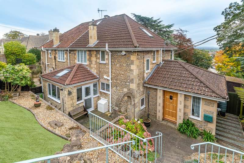 4 Bedrooms Semi Detached House for sale in Priory Park, Bradford on Avon, BA15