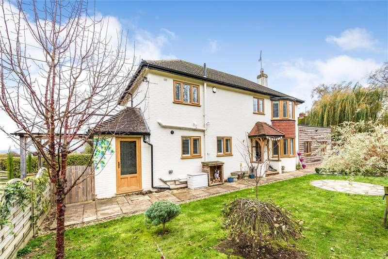 4 Bedrooms Detached House for sale in Park Grove, Stalbridge, Sturminster Newton, Dorset, DT10