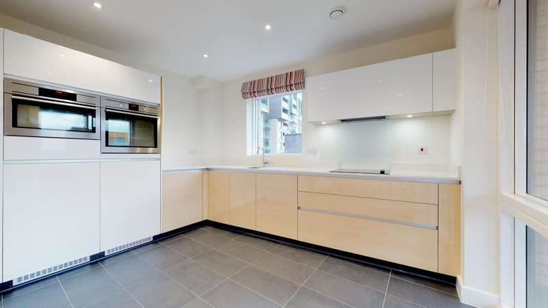 1 Bedroom Flat for sale in Des Barres Court, London, SE10