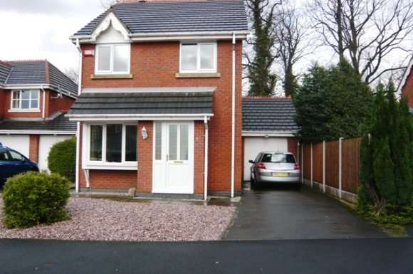 3 Bedrooms Detached House for rent in Bronington Close, Northenden, Manchester