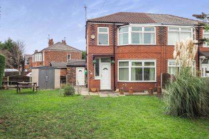 3 Bedrooms Semi Detached House for sale in East Lancashire Road, Worsley, Manchester, Greater Manchester