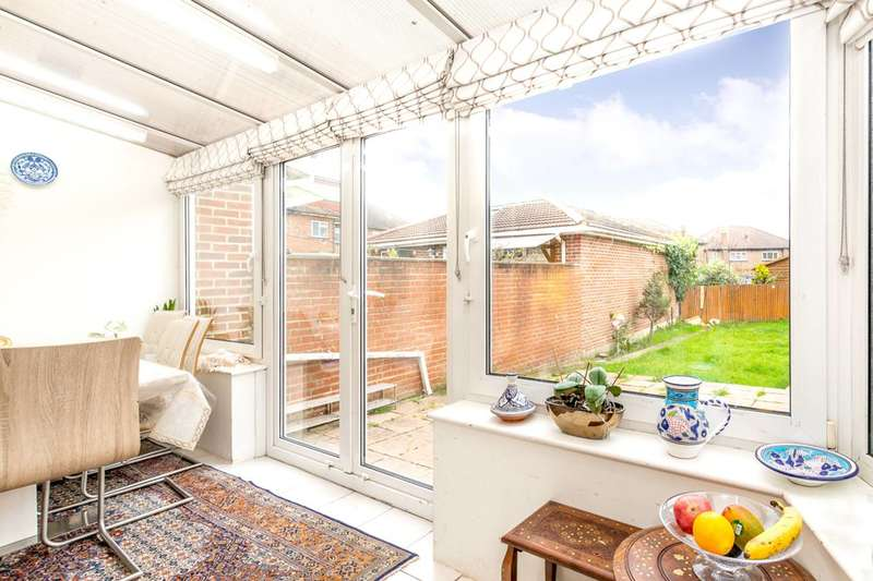 4 Bedrooms Semi Detached House for sale in Twyford Abbey Road, West Twyford, NW10