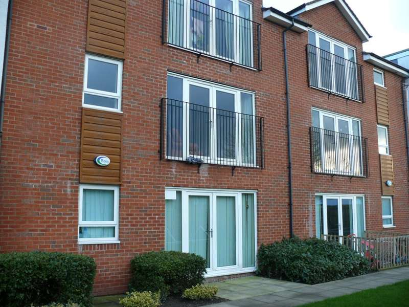 2 Bedrooms Apartment Flat for rent in Temple Terrace 51-55 Cornishway, Manchester, M22