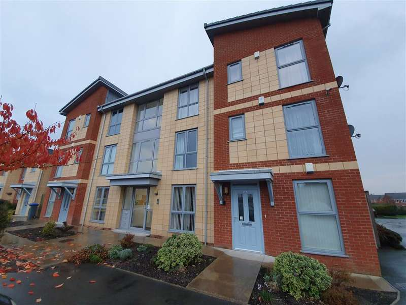 2 Bedrooms Flat for sale in Argosy Avenue, Blackpool, FY3 7NG