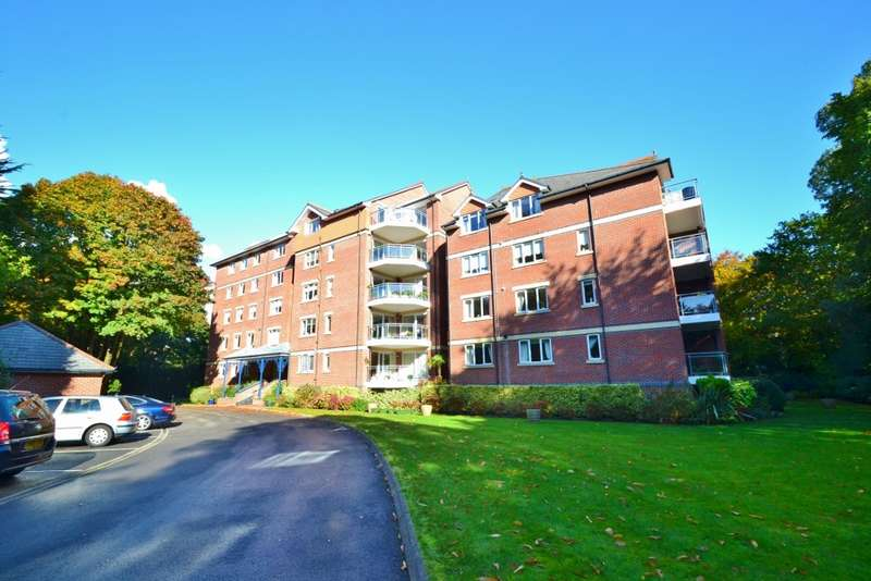 2 Bedrooms Flat for rent in Westbourne