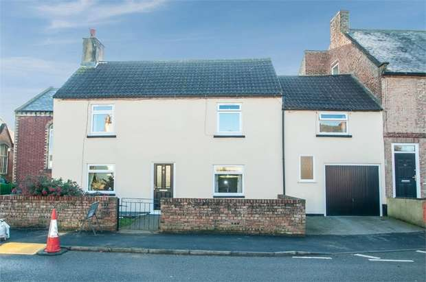 3 Bedrooms Semi Detached House for sale in Bedale Road, Aiskew, Bedale, North Yorkshire