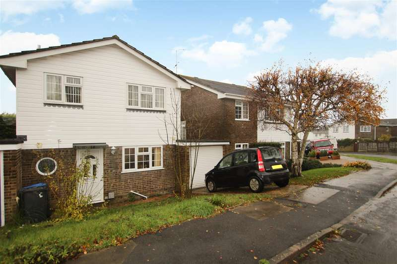 4 Bedrooms Detached House for rent in Dunstall Farm Road, Burgess Hill