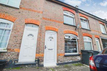 2 Bedrooms Terraced House for sale in Arthur Street, Luton, Bedfordshire, England