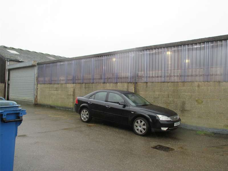 Light Industrial Commercial for rent in Charlwood Place, Charlwood, Horley, Surrey, RH6