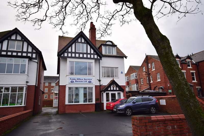 Office Commercial for rent in Orchard Road, Lytham St Annes, FY8