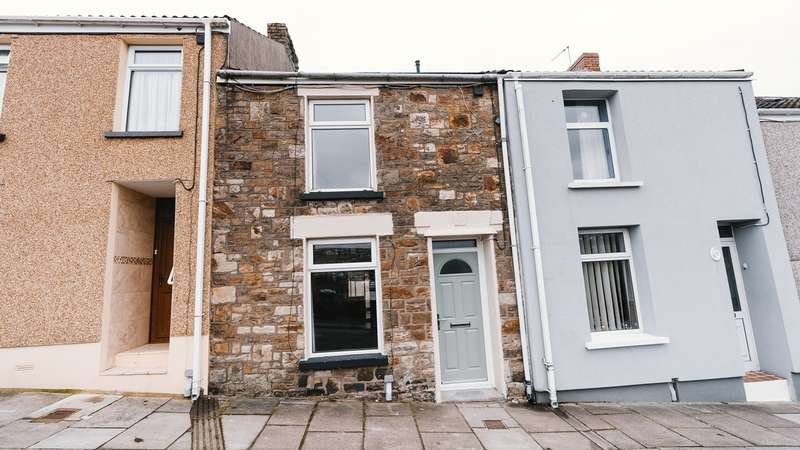 3 Bedrooms Terraced House for sale in York Terrace, Georgetown, Tredegar, NP22