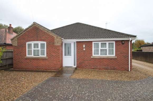 3 Bedrooms Bungalow for sale in Wardentree Lane, Pinchbeck
