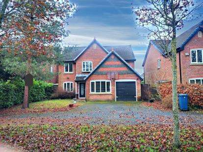 5 Bedrooms Detached House for sale in Pasture Grove, Whalley, Clitheroe, Lancashire