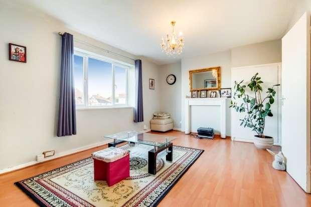 2 Bedrooms Flat for sale in Harington Terrace Great Cambridge Road, Edmonton, N9