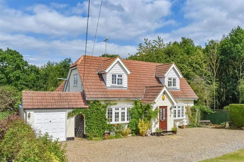 4 Bedrooms Detached House for sale in Frenches Green, Felsted