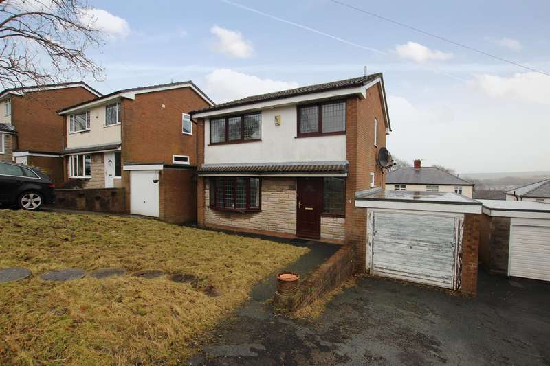 3 Bedrooms Detached House for sale in Aysgarth Drive, Darwen, BB3 1LB