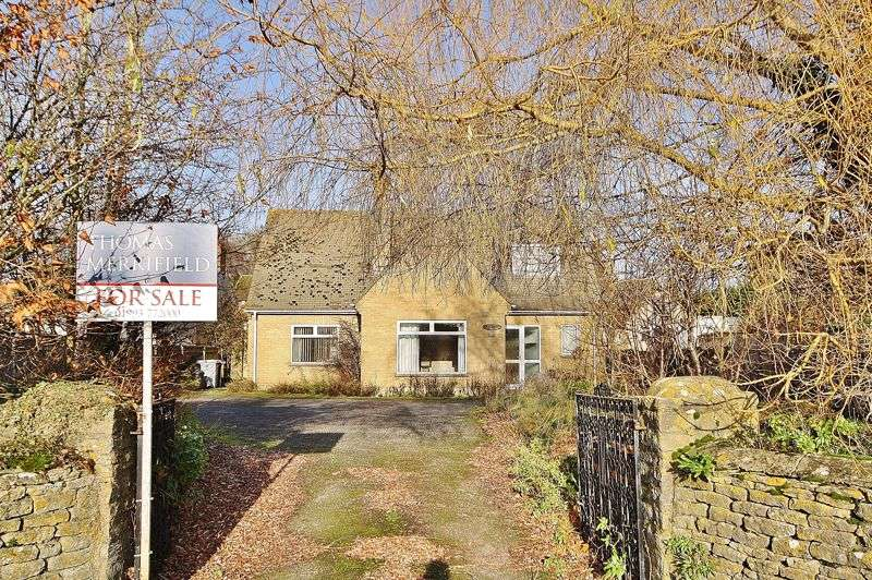 4 Bedrooms Property for sale in 14 Moorland Road, Witney