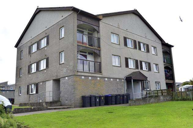 2 Bedrooms Flat for sale in Rowan Grove, Fraserburgh, AB43