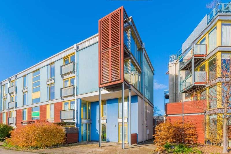2 Bedrooms Maisonette Flat for sale in Kilby Court, Greenwich Millennium Village, SE10