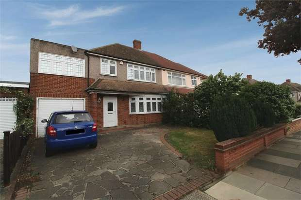 4 Bedrooms Semi Detached House for sale in Avon Road, Upminster, Greater London